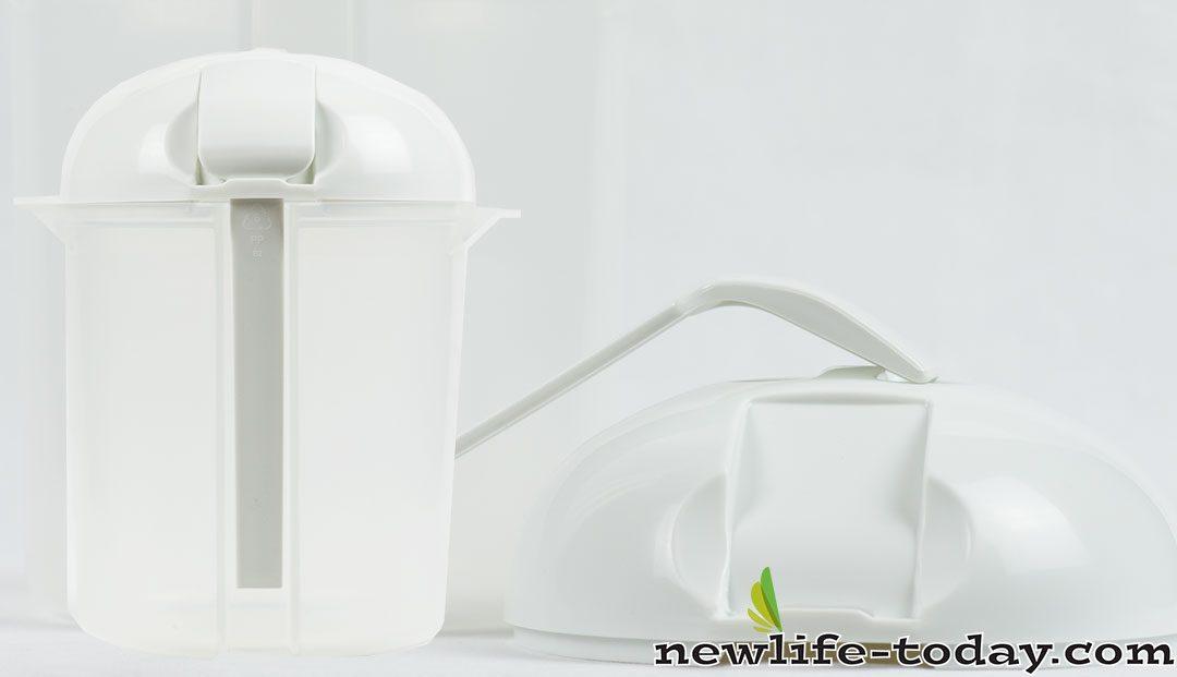 Yoghurt (Container & Lid)